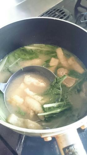 水菜と油揚げの味噌汁