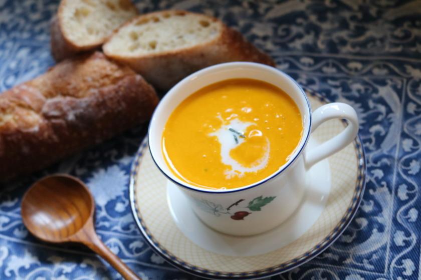 材料3ツ!簡単5分で濃厚かぼちゃスープ