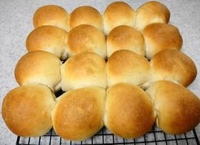 ヨーグルトとココナッツオイルのちぎりパン