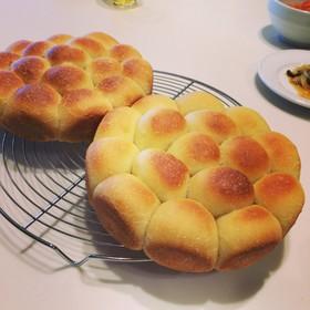 手捏ねで*豆乳オリーブオイルちぎりパン*
