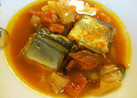 子供絶賛♡とろける秋刀魚のトマト煮込み