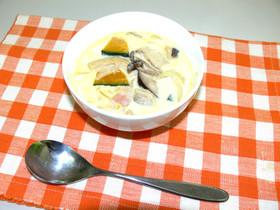 三種のきのことカボチャのスープ