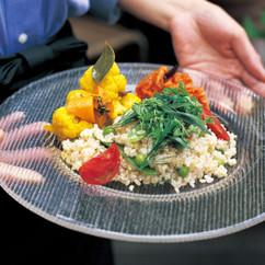 グリーンピースとトマトの玄米ご飯