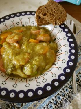 えんどう豆と野菜のスープ