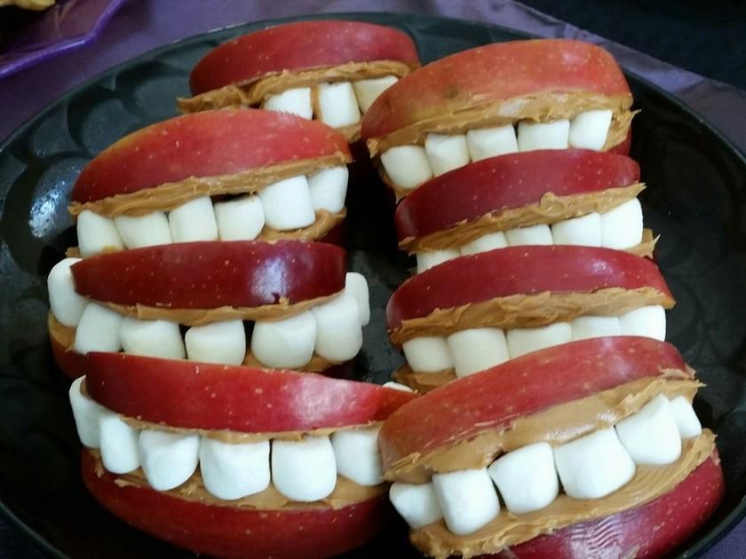 ハロウィンのりんごの歯