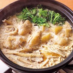 骨つきどりのごま豆乳鍋