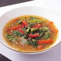 パプリカと小松菜の黒酢スープ