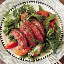 牛ステーキと春菊の和サラダ