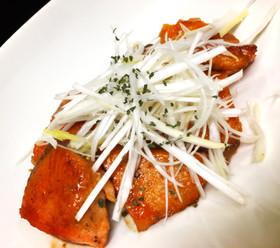 簡単激うま♡鮭のバターポン酢ソテー