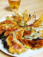 神戸牛オイルでシンプルジューシー焼き餃子の写真