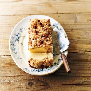 桑原奈津子さんの「ざくざくクランブルチーズケーキ」