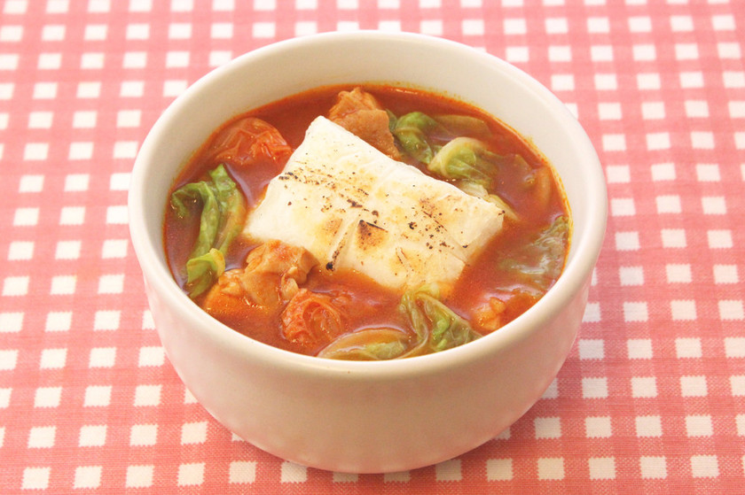 焼きもちで♪白菜トマト雑煮
