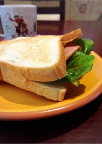 具がこぼれない!パンで袋サンドイッチ☆彡