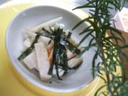 長いもとキムチのヘルシーサラダ♪の写真