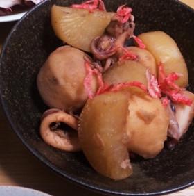 いか里芋大根の煮物