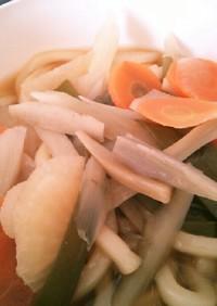 1人ランチ☆野菜たっぷり煮込みうどん