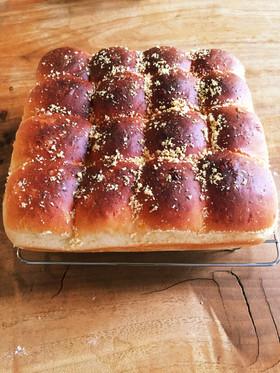 HBで簡単★コーンとチーズのちぎりパン