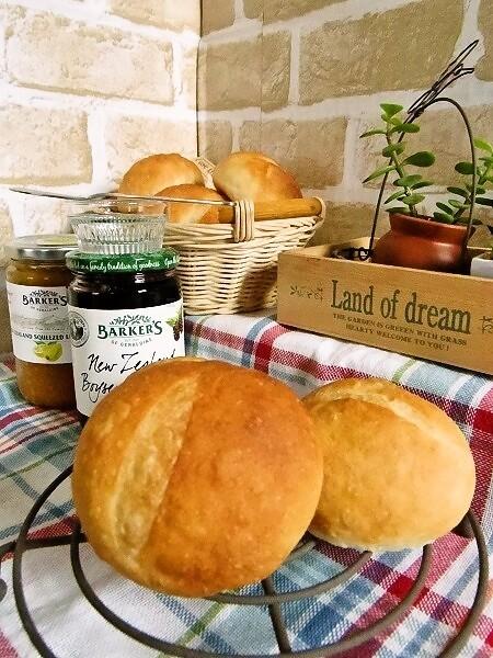 HBで簡単♪基本のプチフランスパン*