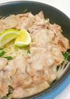 ニラともやしと豚バラで作るフライパン蒸し