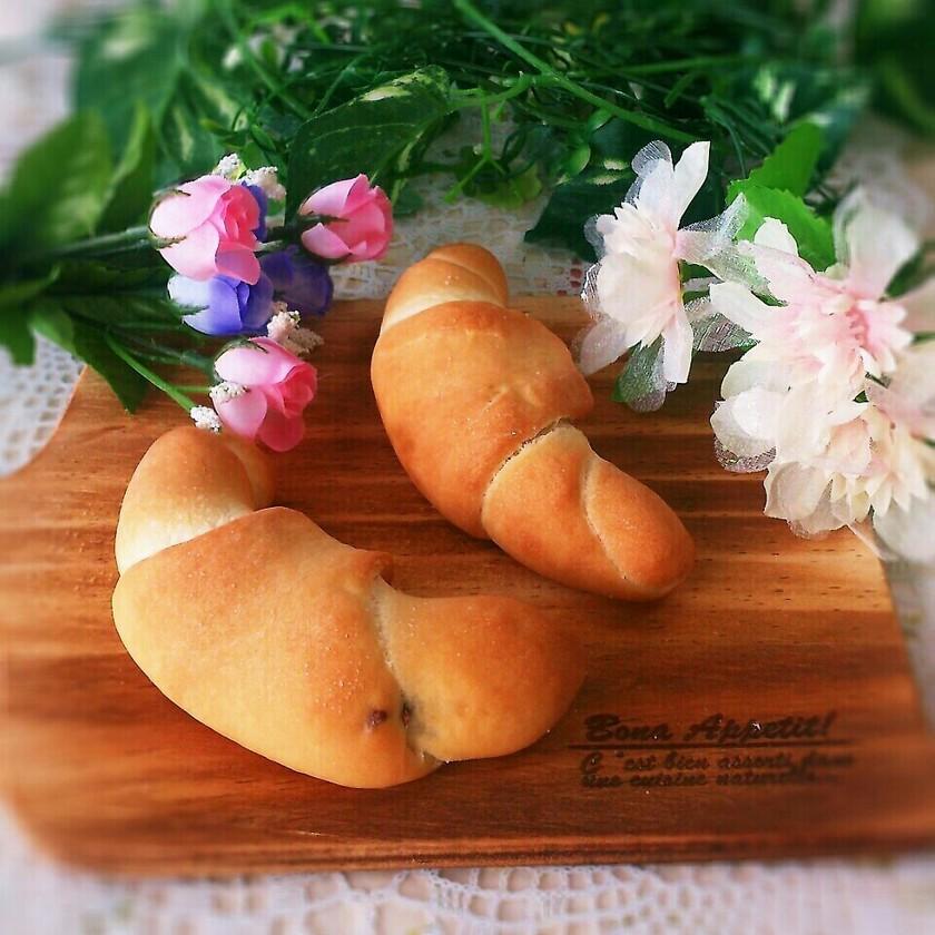 HBで簡単♡サクモチッなチョコ塩パン