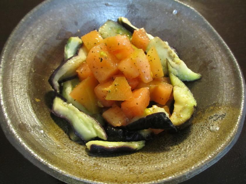 レンジでイタリアンなトマトと茄子のサラダ