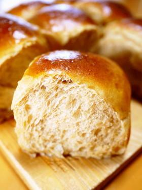 卵と牛乳♪甘くてふわもち♡黒糖ちぎりパン