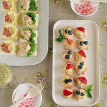 豆腐クリームのプチフール(写真右)