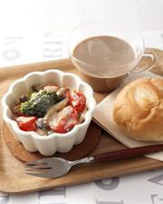 ホットラテ朝食 ベジタブルグラタンの写真