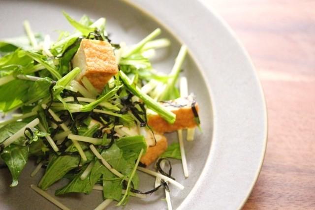 水菜と厚揚げのわさび和えサラダ