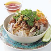 牛肉のサラダビーフン ベトナム風
