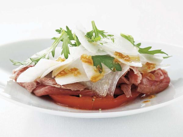 薄切り牛肉のサラダ