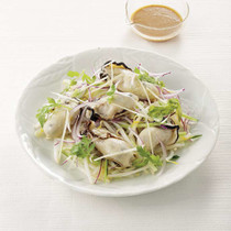 牡蠣ときゅうりのサラダ