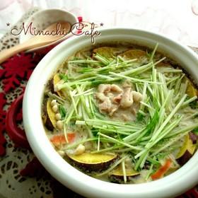 汁まで美味しい根野菜のゴマ味噌豆乳鍋