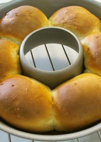 ココナッツ入りハニーパインちぎりパン♡
