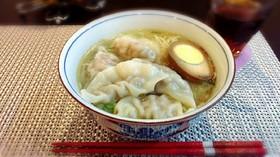 香港風 海老餃子麺