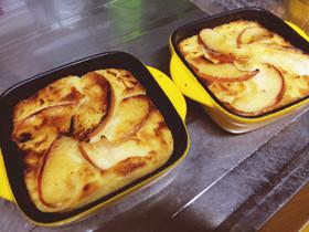 グラタン皿でしっとりリンゴケーキ♡ʾʾ