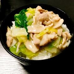 白菜と豚肉で簡単すぎるあんかけ丼♡