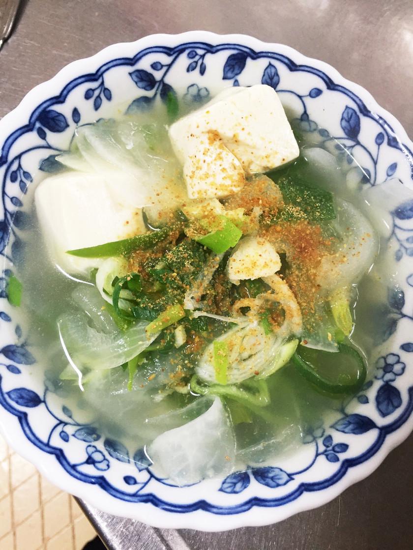 冷えた身体にポッカポカ野菜スープ