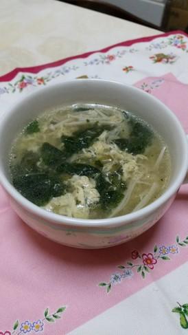 モロヘイヤとえのきのカンタン中華スープ