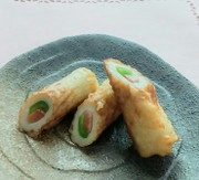 竹輪の天ぷら in紅生姜とピーマンの写真
