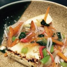 焼き豆腐と野菜たっぷりとろ〜りあんかけ