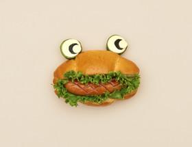 HBで簡単オープンサンドイッチ:かえる