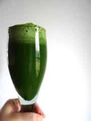 最強デトックスグリーンジュースの写真
