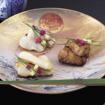 鯛柚香焼き(写真奥)