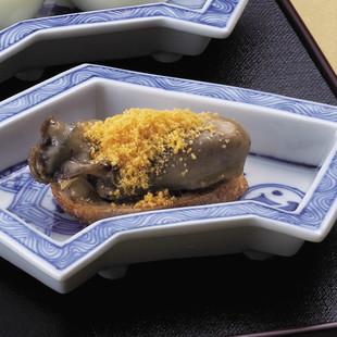 牡蠣のミモレットがけ