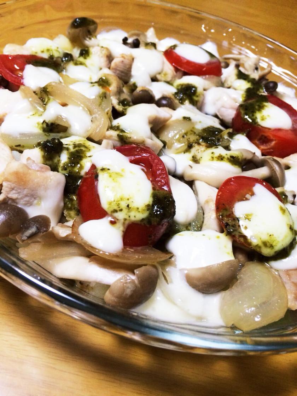 ジャガイモと鶏肉のモッツァレラチーズ焼き