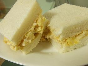 ☆ゆで卵とキャベツ☆マヨオイサンドイッチ