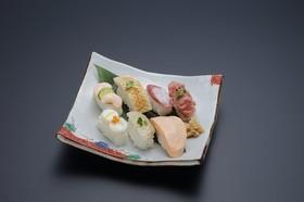 業務用介護食 やわらか握り寿司