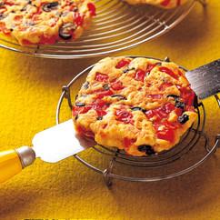 赤ピーマンの薄焼きパン