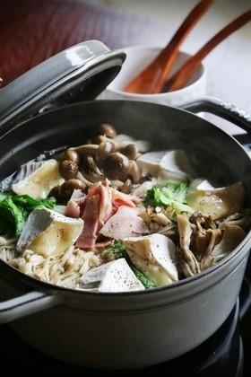 チーズフォンデュ風きのこ鍋
